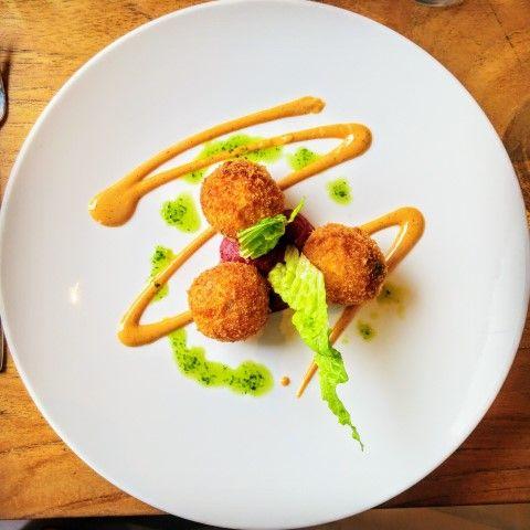 Arancini met gamba's en kreeftensaus => Restaurant de Schone Lei - Rotterdam