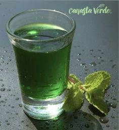 Clorofila liquida, son muchos beneficios de consumir clorofila, te presentamos varias razones por las cuales la clorofila debe estar presente en tu dieta.