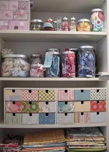 Ideias para organizar coisinhas para artesanato.
