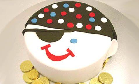 Pirate face birthday cake