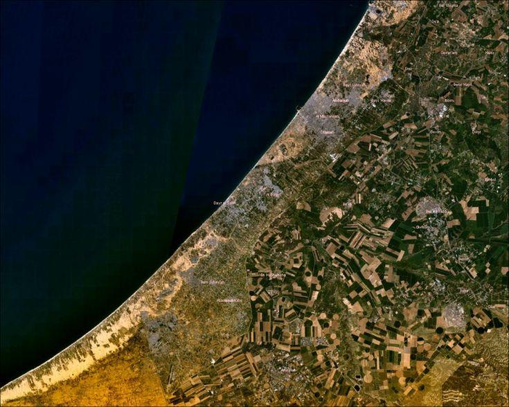Vue satellitaire de la bande de Gaza // Gaza Strip NASA ◆Bande de Gaza — Wikipédia http://fr.wikipedia.org/wiki/Bande_de_Gaza #Gaza_Strip