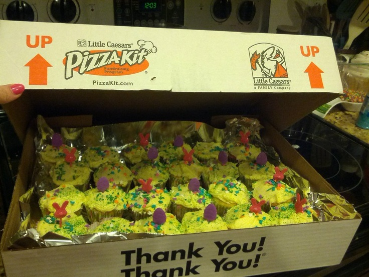Little Caeser Pizza Kit boxes hold 24 cupcakes perfectly for transporting.