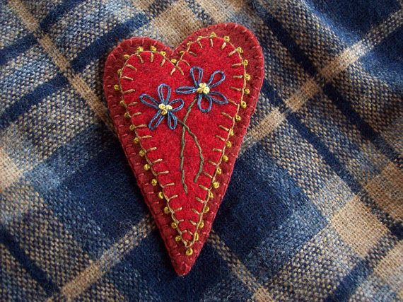 Rustic Country Valentine's Heart Brooch Felt Pin