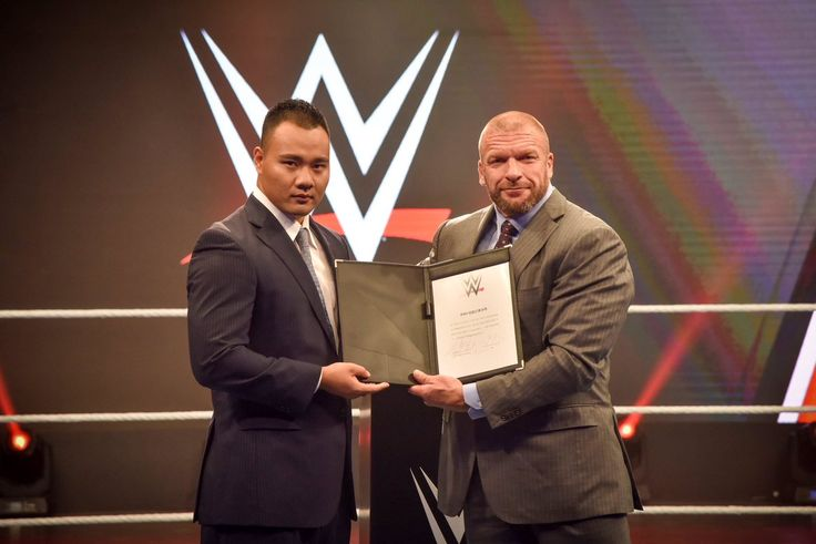 WWE next superstar is from China: Bin Wang becomes first-ever Chinese signed by the wrestling promotion - http://www.sportsrageous.com/featured/wwe-next-superstar-bin-wang-first-ever-chinese-wrestler/28640/
