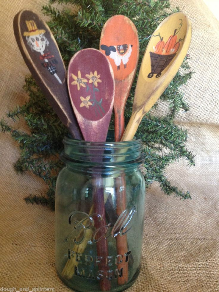 4 Primitive Country Fall Themed Wood Spoon Utensil Crock
