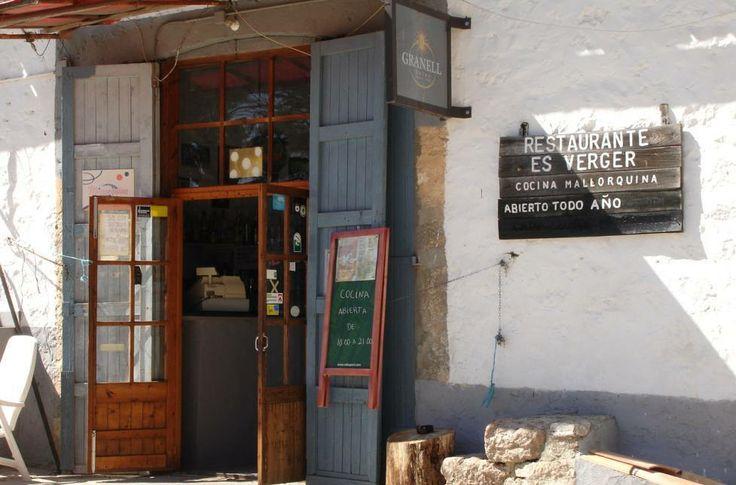 Wenn es traditionell sein darf: Das Mallorca Restaurant Es Verger bei Alaro ist bekannt für seine Lammspezialitäten.