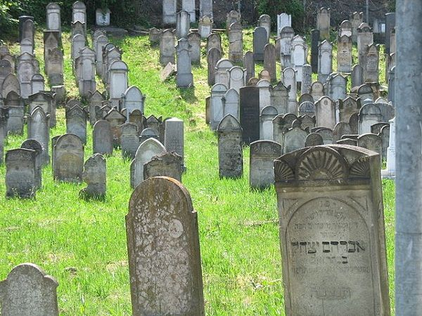 Groundskeepers at the Fort Wanye Jewish Cemetery in Indiana discovered on Monday more than 50 toppled headstones, some badly damaged, according to the Indianapolis-based television station WISH-TV. Dan Zweigg, president of the cemetery, said he thinks multiple people are responsible for the vandalism, because it would be difficult for one individualto knock over so much granite.He notedthat prior toMonday, the groundskeepers had not been at thecemetery sinceJan. 7, soitmust have…