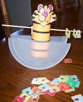 Tipping Tiger game. Looks easy to make! Repinned by SOS Inc. Resources.  Follow all our boards at http://pinterest.com/sostherapy  for therapy resources.