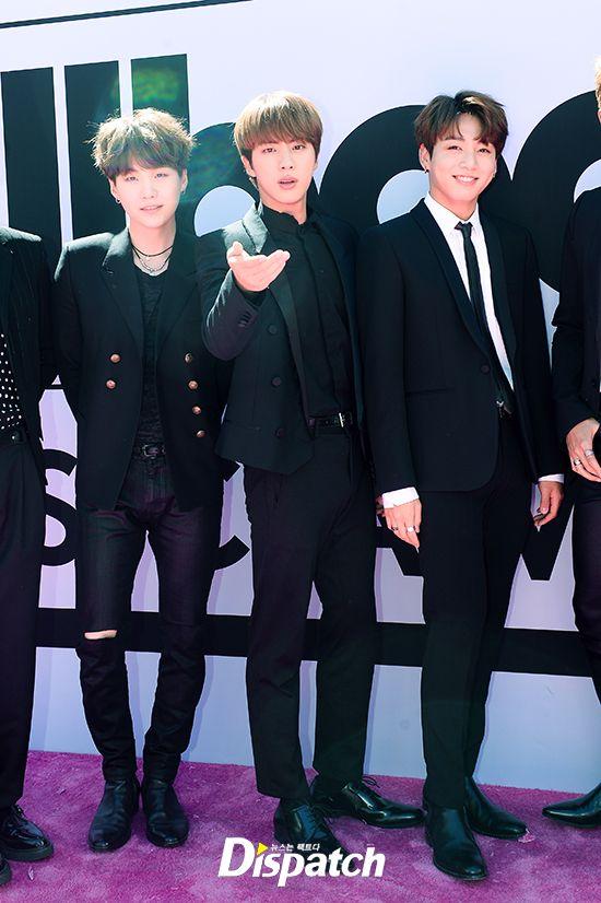 BTS at 2017 Billboard Music Awards (Magenta Carpet) [170522]