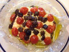 FETA AL CARTOCCIO CON POMODORINI E OLIVE | In cucina con Lilly