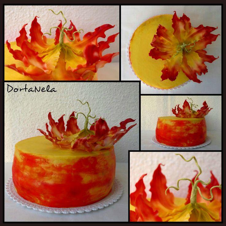 CREAM CAKE WITH FLOWER (Krémový dort s květinou)