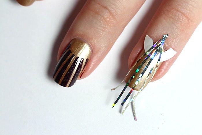 great-gatsby-nail-art-art-deco-cabernet-sauvignon-il-etait-un-vernis-grands-crus-kiko-mirror-or-vernis-metallique-nail-art-facile-chic-glamour-manucure-reveillon-9