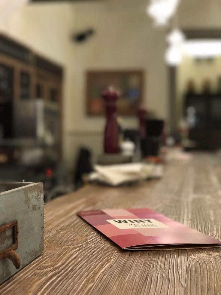 Bancone e carta dei vini.  #foodyfarm #firenze #foodporn #tuscany