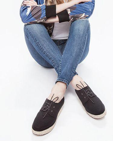 Zaki Shoes//