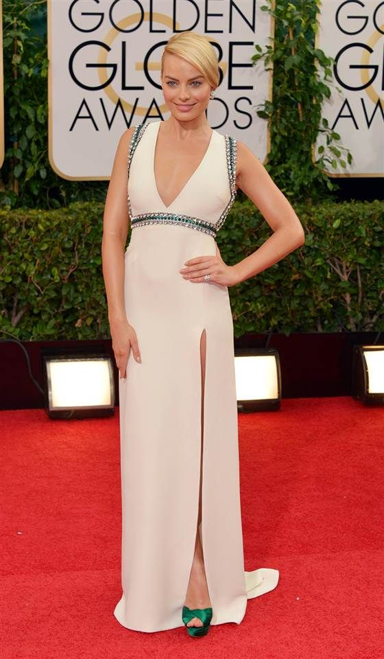 Margot Robbie arrives at the 71st annual Golden Globe Awards in Gucci