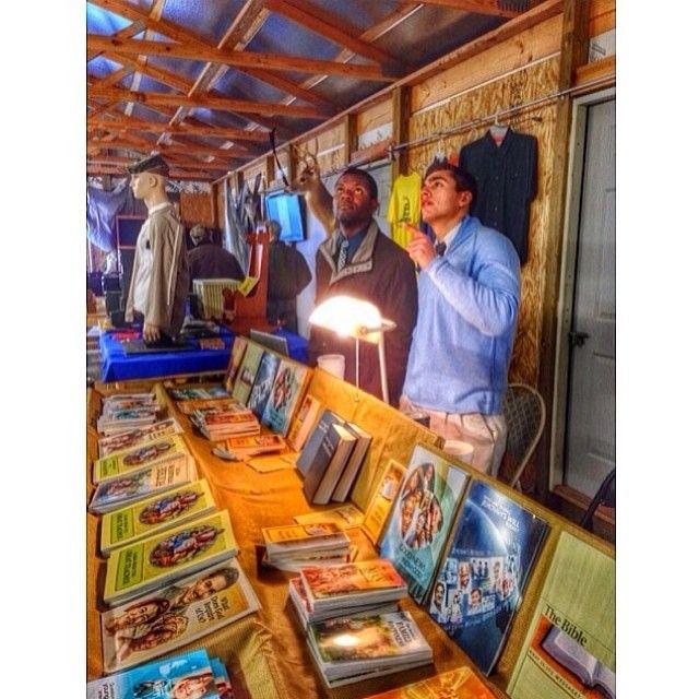 .@jw_witnesses | Preaching at a flea market in Carrollton, Georgia. | Webstagram