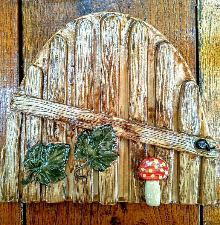 Ajtó / Door  www.mesekeramia.hu  #mesekerámia #tündérfa #manófa #fairygarden