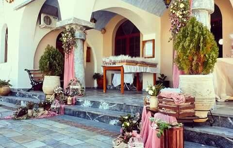 Στολισμός γάμου με θεμα άνθη κερασιάς