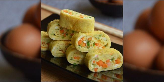 Vemale.com - Telur dadar memang sangat lezat dan mudah dibuat. Bukan hanya itu, telur dadar juga tidak sulit dicari bahannya. Ingin mencoba telur dadar spesial? Masak ala Korea ini aja.
