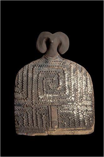Anthropomorphic Vessel   Fired Clay. Vădastra, Vădastra, 5500-5000 BCE. National History Museum of Romania, Bucharest: 15908.    Photo: Marius Amarie