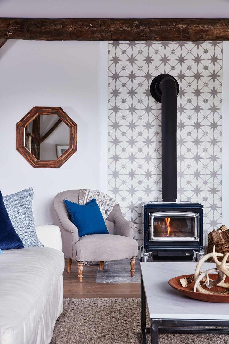 Tiles Design For Living Room Wall: Decor Recipes For A Classic Living Room & Family Room