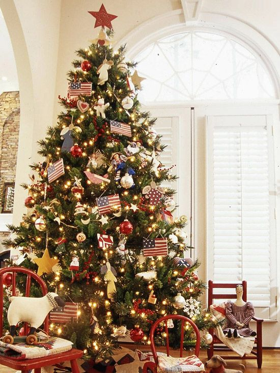 Creative Christmas Tree Themes including this great patriotic tree.