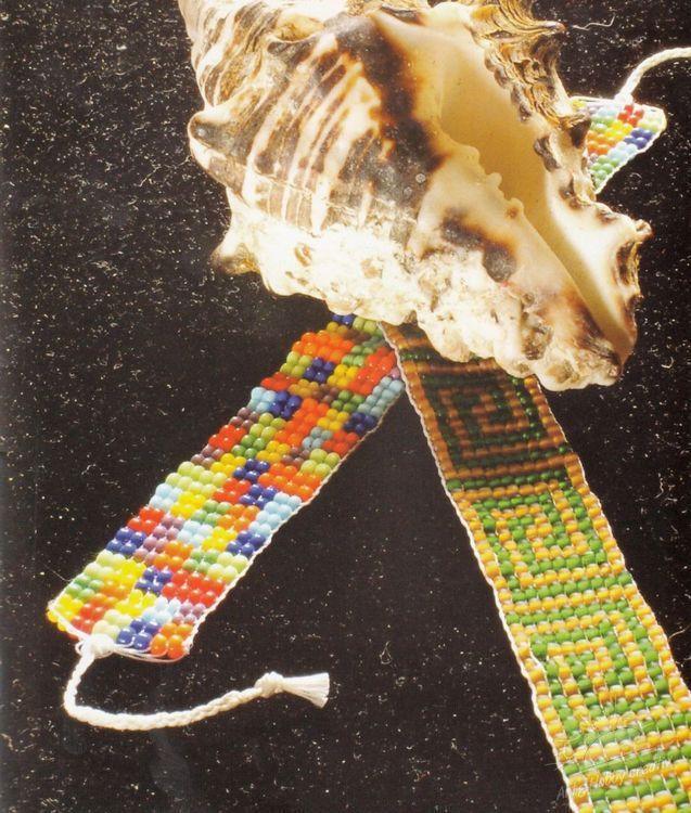 Brățări cusute din mărgele - magia culorilor / modelul melcului