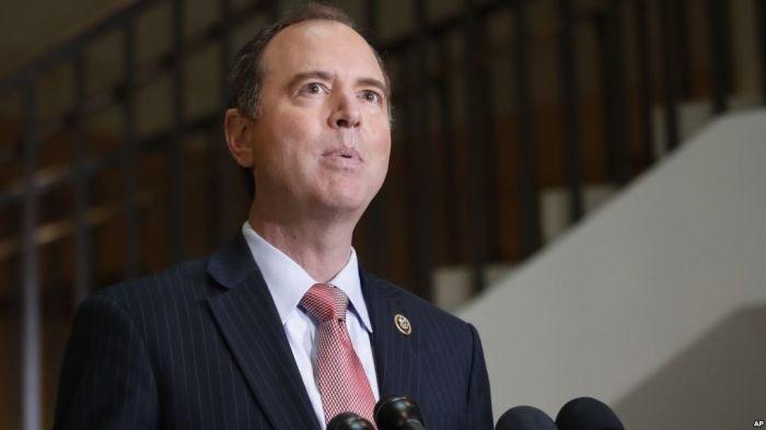 Schiff dijo que incluso la mera amenaza de la existencia de una grabación de la conversación entre los dos, tendría que ser sujeta a un citatorio para ser entregada.