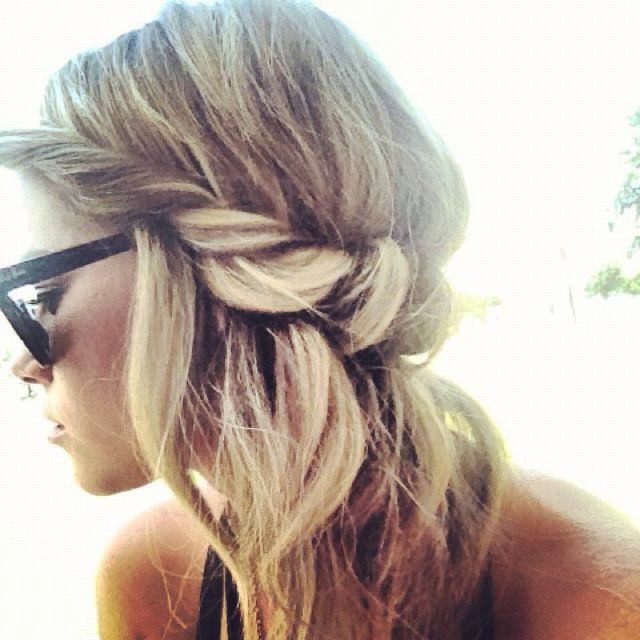 slim elastic headband - wrap pieces of hair around: Beaches Hair, Half Up, Hair Twists, Summer Hair, Long Hair, Summerhair, Hairstyle, Hair Style, Twists Braids