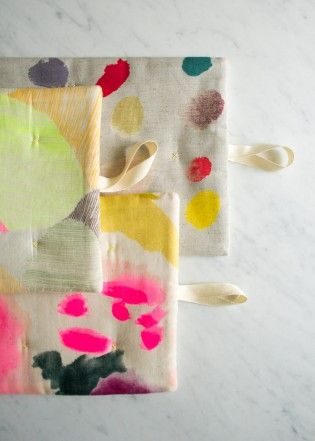 Simple Stitched Hot Pads in Nani Iro | The Purl Bee