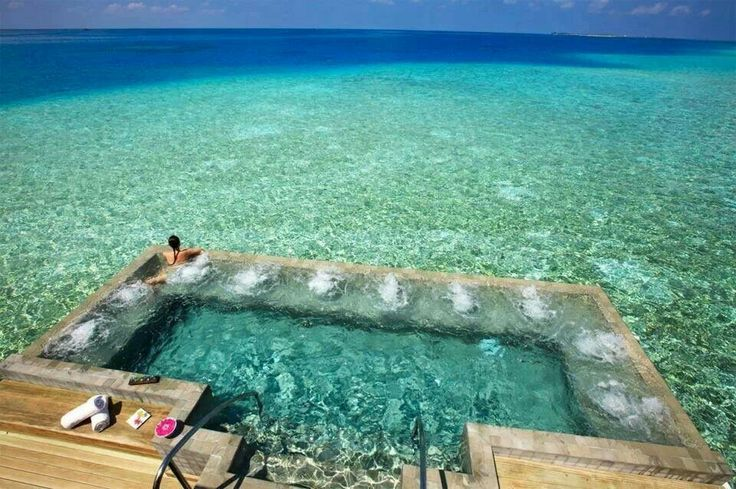 Vellasaru Maldives private pool- I would never get out of this pool, ever!!!