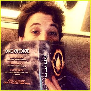 Miles Teller: 'Divergent' Reader!  He's adorable and funny in any movie he's in!