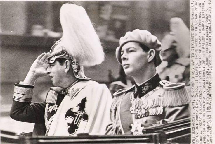 5 septembrie 1940. Confruntat cu agresiunea sovieto-germană asupra României și cu pierderea unei treimi din teritoriul național (pactul Ribbentrop-Molotov), în noaptea care urmează, Carol II abdică, iar pe 6 septembrie tânărul Principe Mihai, în vârstă de nici 19 ani, este proclamat pentru a doua oară Rege - după prima domnie, ca minor sub regenţă, între anii 1927-1930…