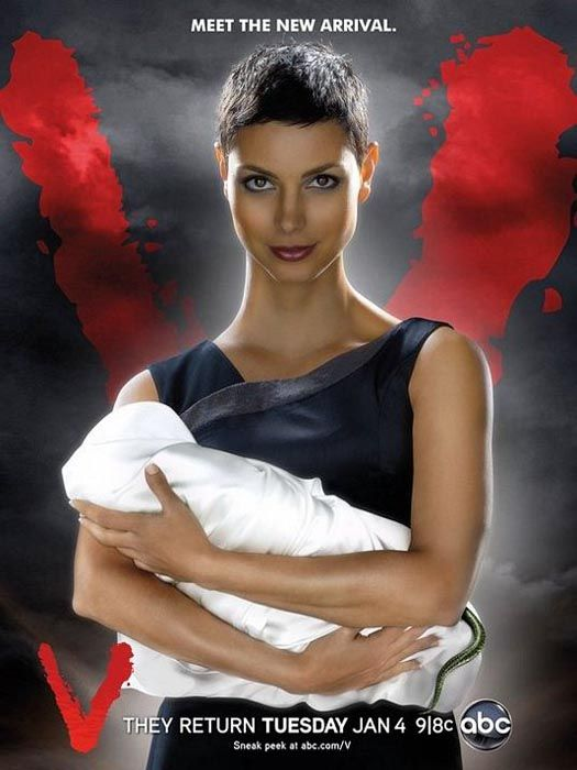 "Morena Baccarin as Anna in ""V - The Visitors"" (Remake)"