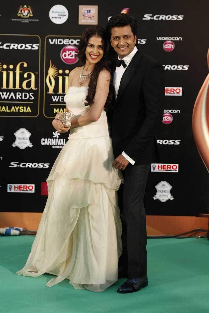 IIFA 2015 awards: Anushka, Deepika, Shraddha, Sonakshi, Shahid, Hrithik steal the show