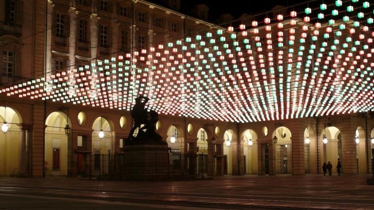 Torino - Luci d'artista - Tappeto volante, Daniel Buren. Piazza delle erbe