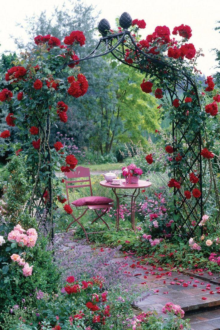 best 25 rosenbogen ideas on pinterest kleine ziegelsteinpatio h uschen and kinder fotografie. Black Bedroom Furniture Sets. Home Design Ideas