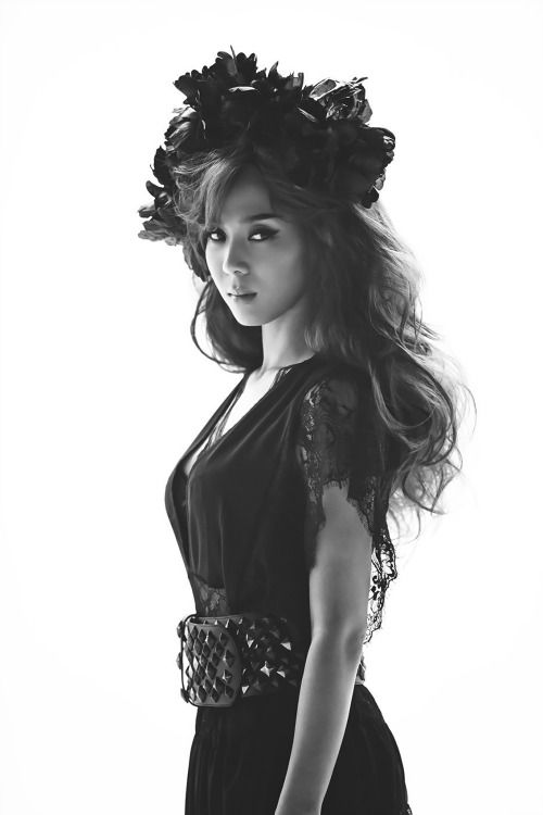Yoon Mi Rae- She looks amazing in this video! #Angel