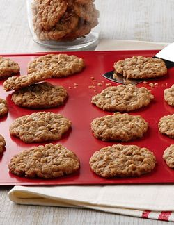 Famous Oatmeal Cookies -  Be bad and use real butter instead of shortening... I do, and so did my mother and grandmother!
