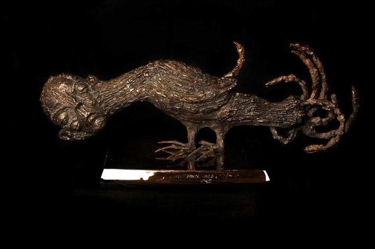 Sabhan Adam Sculpture-de-bronze.jpg (1600×1064)
