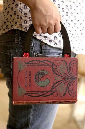 tutorial: how to make a purse from a book. Now I can stop ogling them on Etsy and make one my own self.