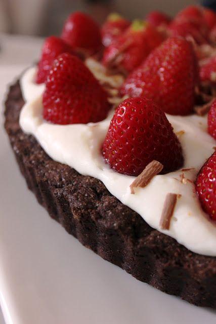 DAMLA ÇİKOLATA: Çilekli Çikolatalı Tart
