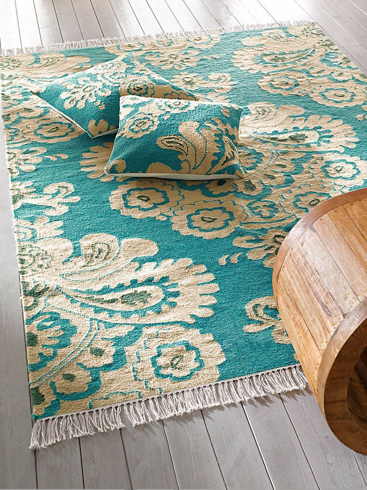 """Mon préféré de cette sélection de tapis """"Kilim""""."""