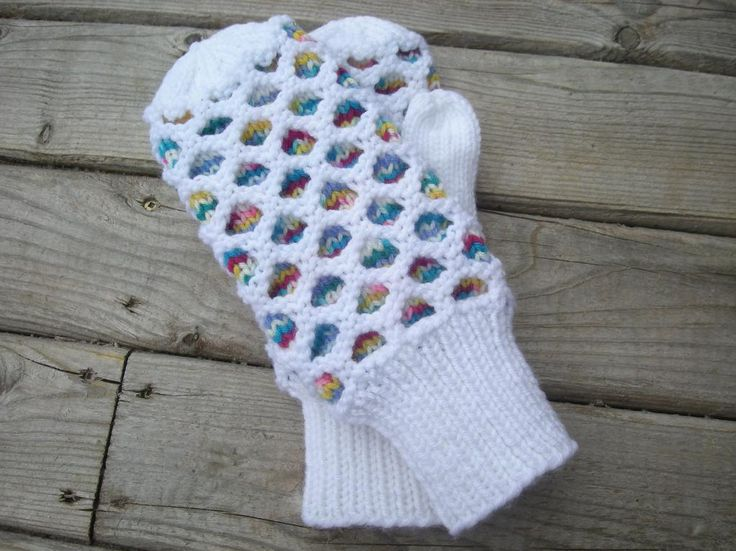 Honeycomb Mitten Free Knitting Pattern