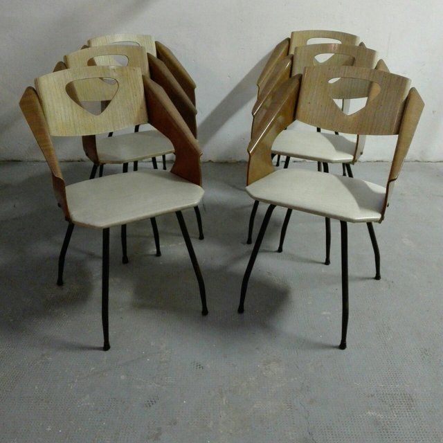 [400€] Set di 4 sedie in legno curvato e metallo, anni 50. Magazzino76 // Via Padova, 76 - Milano. Possibilità di consegna a Milano. #magazzino76 #viapadova76 #milano #vintage #modernariato #antiquariato #design #industrialdesign #furnituredesign #furniture #mobili #modernfurniture #armchair #chair #arredo #arredodesign