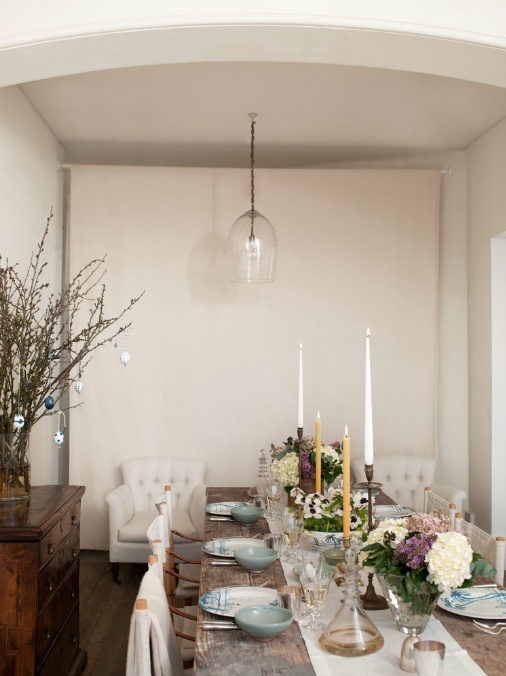 Gwyneth Paltrow dining room - Beautiful table and