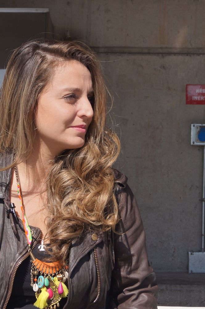 """Sol Leyton , conductora de """"Chile Lindo"""" y """"Namaste"""" en canal 13C , canal de cable de la señal Canal 13 ."""
