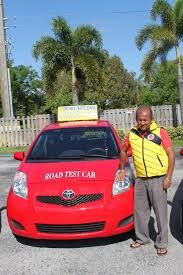 For Clases de manejo en Broward, get in touch with us today. We bring to you the best driving lessons in order to make sure that you pass your driving test at the very first attempt.