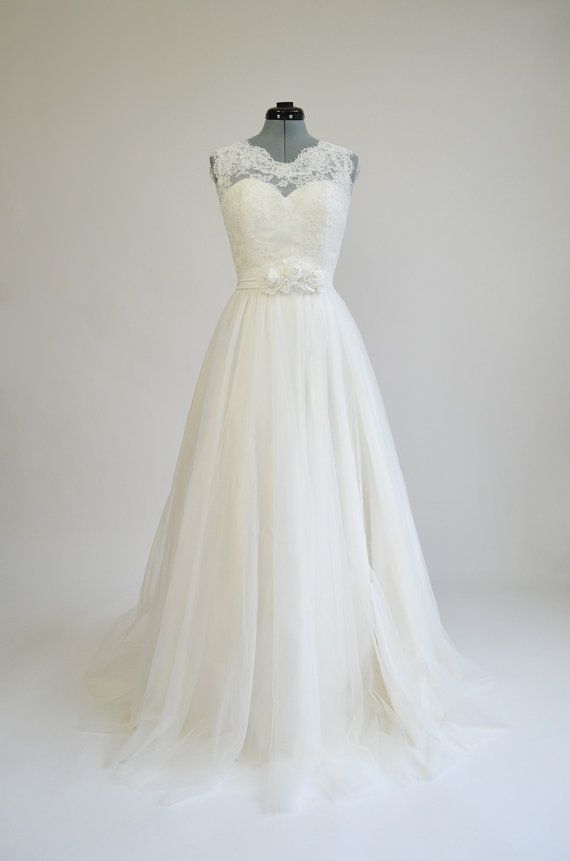 Lace wedding dress, wedding dress, bridal gown, sleevelss V-back alencon lace with tulle skirt.