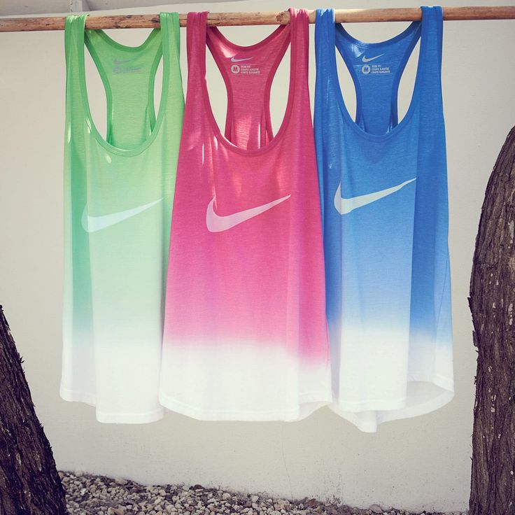 Nike ombre tanks. Double LOVE! Plus loose tanks are such a flattering look while doing a crazy insane drill, like double burpees!
